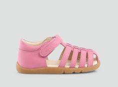 Girls Skip Sandals   I WALK by Bobux (size 26)