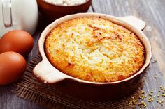 Sweet millet and raisin casserole – Recipes And Desserts Fish Recipes, Sweet Recipes, Chicken Recipes, Caramel, Austrian Recipes, Casserole Recipes, Cornbread, Holiday Recipes, Macaroni And Cheese