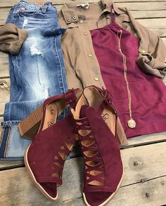 This outfit was worn by Chloe, or some might know her as Miss Freestone County.  #SuedeTank $24.99 #Brown #UtilityJacket $37.50 #DearJohn #Distressed #StraightLeg #Jeans $79.99 #Maroon #Heels $42.99 #Necklace $32.99 We #ship! Call to order! 903.322.4316 #shopdcs #love #instashop #trends #trendy #shoplocal