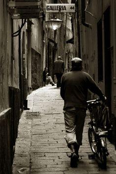 Genova   www.facebook.com/loveswish