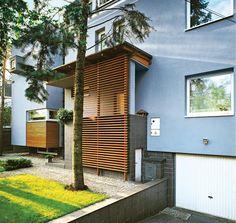 Spiral Staircase, House Entrance, Condo, Sweet Home, Garage Doors, Exterior, Building, Outdoor Decor, Home Decor