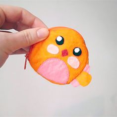 Tutorial for an adorable little birdie purse. With pattern.