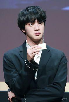 i love jin bts Seokjin, Kim Namjoon, Kim Taehyung, Jungkook Jimin, Bts Jin, Bts Bangtan Boy, Korean Boy Bands, South Korean Boy Band, Foto Bts