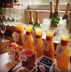 Wedding Drink Bar And Station Ideas That You'll Love - Bridal shower - Bar Mimosa, Bubbly Bar, Mimosa Brunch, Brunch Drinks, Bellini Bar, Brunch Bar Ideas, Brunch Recipes, Brunch Foods, Mimosa Breakfast