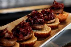 Pintxo de jamón y champiñón, Algorta (Getxo, Bizkaia) Basque Country, Canapes, Tapas, Waffles, Beef, Breakfast, Recipes, Cities, Spain