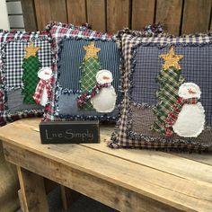 Christmas Applique, Christmas Sewing, Christmas Pillow, Primitive Christmas, Handmade Christmas, Christmas Crafts, Christmas Rag Quilts, Christmas Tree, Snowman Crafts