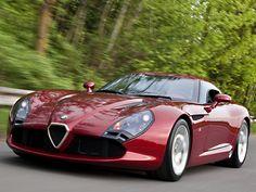 ¿Qué tal este Alfa Romeo TZ3 Stradale? Qué nivel de arte por favor...