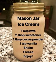 My Keto Adventure on Mason Jar Ice Cream A friend told me to add a tablespoon of vodka to it so it wouldnt get icy. I didnt have regular vodka on hand so I Low Carb Sweets, Low Carb Desserts, Low Carb Recipes, Cooking Recipes, Healthy Recipes, Stevia Desserts, Helado Keto, Keto Eis, Cetogenic Diet