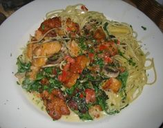 BISTRO SHRIMP PASTA Cheesecake Factory Copycat Recipe Serves 6-8 Veggie Portion: 1 cup quartered button mushroom 1 cup gr...