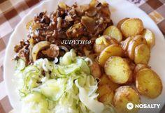 Gombás-hagymás karaj JUDYTH konyhájából | NOSALTY Potato Salad, Potatoes, Favorite Recipes, Meat, Chicken, Ethnic Recipes, Food, Potato, Essen