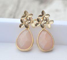 Peach Teardrop and Gold Cherry Blossom Flower