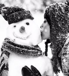 A childhood kiss Playful fun and dreamy Welcoming a winter's bliss… Winter Love, Winter Colors, Winter Is Coming, Winter White, Hello Winter, Black Christmas, Winter Christmas, Christmas Colors, Black White Photos