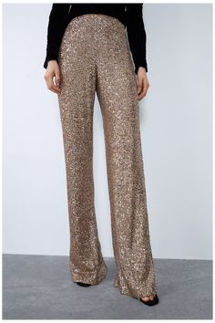 SEQUINNED FLARED TROUSERS #cargo #trousers #outfit #party #cargotrousersoutfitparty SEQUINNED FLARED TROUSERS - TROUSERS-WOMAN | ZARA Japan December Outfits, Sequin Leggings, Gold Sequin Pants, Sparkly Jumpsuit, Fashion Pants, Fashion Outfits, Fancy Dress Design, Crop Top Outfits, Trousers Women