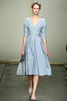 Adorable 50s tea dress-- Donna Karan Spring 2013 RTW - Review - Collections - Vogue