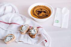 Pumpkin and blue cheese are friends   #pumpkinsoup #pumpkin #creamsoup #toast #foodinspo #foospiration #yamakitchen #yamalifestyle #eatclen #gourmet #autumn #fall #fallrecipes