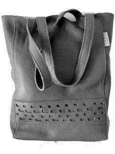 dd8e6b34579 Shopper donkergrijs van leer Fraaie handgemaakte shopper / schoudertas met  binnen vak en musketonhaak voor