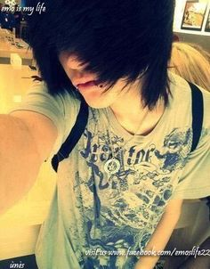 emo boy<< I'm getting my hair cut like this but keeping the ends longer then in the picture.
