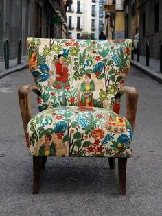 Frida chair by La Tapicera. Because it's Frida my unibrow sister.