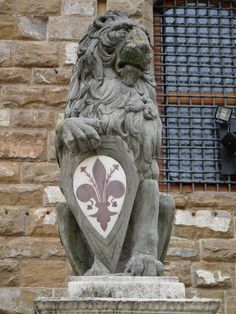RT @D_ArtNinja: #artninja @ArteMagazine #Firenze i #bandierai restaurano il #Marzocco #Leone #Donatello http://t.co/W6GvtIYLHo http://t.co/YJyCf8GKmy