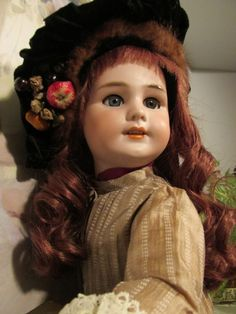 SWEET FRENCH DOLL , Dep. MADE FOR JUMMEAU, NO HAIRLINES, 24 IN. TALL