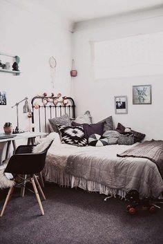 Chambre de fille ado idée déco vintage