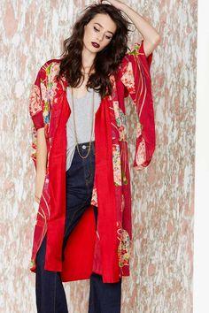 438fd24935ed2b 1950′s vintage kimono.Beautiful red kimono with a cream cher ...