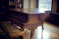 I like this piano http://adjustablepianobench.net
