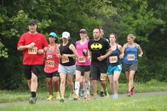 Ten-Ten Runners on the Towpath