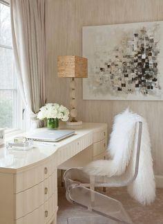 vanity style desk + lambswool | http://desklayoutideas.blogspot.com