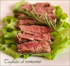 Tagliata al rosmarino: una ricetta veloce per preparare la tagliata di manzo, insaporita al rosmarino. Una carne morbidissima, che si scioglie in bocca.