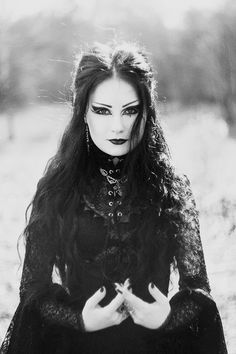 Elegant of darkness Perfect look, love the make up :-)