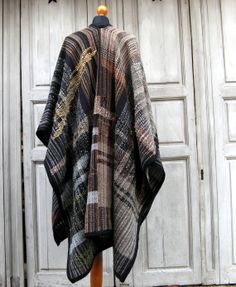 Handwoven cape saori style by MNHandwoven on Etsy