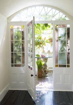 colored glass door / Interiors - 029
