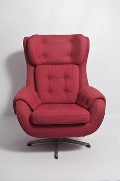 "Fotel obrotowy, typu ""uszak"", lata '60-'70. #vintage #vintagefinds #vintageshop #forsale #design #midcentury #midcenturymodern #chair #furniture"