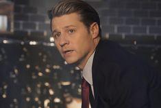 'Gotham' Recap: Season 5 Series Finale — Bruce Returns as Batman Nanda Parbat, Bruce And Selina, Gotham Series, Wayne Enterprises, Cameron Monaghan, Riddler, Short Cuts, Catwoman, Movies Showing