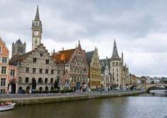 Capoluogo provinciale delle Fiandre orientali, Gent (Gand in francese, secondo la consueta dicitura bilingue belga) è una delle città più affascinanti del Belgio. Dal punto di vista geografico, il centro è sorto alla confluenza tra due fiumi, il Leie (Lys) e la Schelda (Scheldt), ed è collegato al Mare del Nord, d