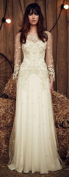 Jenny Packham Spring 2017 vintage long sleeves wedding dress / http://www.deerpearlflowers.com/wedding-dress-inspiration/jenny-packham-spring-2017-vintage-long-sleeves-wedding-dress/