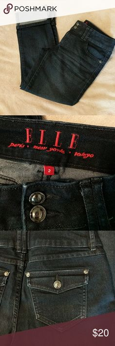 Dark denim ELLE capris Super dark beautiful denim skinny capris from ELLE. Thin legs and cuffed hem. No picks or distressing. Excellent condition - barely worn! Elle Jeans Ankle & Cropped
