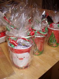 Christmas Cake Stall Ideas : 1000+ images about Christmas Fayre on Pinterest Sweet ...