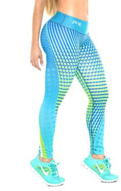 These beautiful printed compression leggings that are sure to become your go-to workout pants. The luxe fabric moves & stretches with you while the think fl Workout Clothes Cheap, Workout Clothing, Athletic Outfits, Athletic Clothes, Cool Yoga Poses, Tops For Leggings, Fitness Fashion, Fitness Style, Spanx