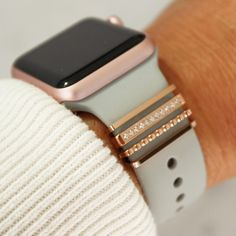 Cute Apple Watch Bands, Apple Watch Bands Fashion, Best Apple Watch, Rose Gold Apple Watch, Apple Watch Fitness, Iphone Watch Bands, Apple Watch Accessories, Phone Accessories, Jewelry Accessories