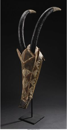 Bobo (Burkina Faso) Kobe (Waterbuck Antelope) Mask Wood, pigment Height: 31 inches Width: 11 inches - Available at 2007 June African & Oceanic Art. African Masks, African Art, Kobe, Statues, Indian Paintings, Art Paintings, Traditional Sculptures, Ceramic Mask, Oil Painting Tips