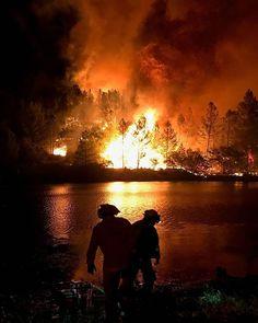 Firefighter Pictures, Volunteer Fire Department, Wildland Firefighter, Fire Fighters, Emergency Response, Firefighting, Lineman, Website Link, Law Enforcement