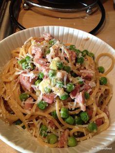 Carbonara Slimming World Style - ham fillet, leek, garlic, peas, wholewheat pasta, eggs and fat free fromage frais.