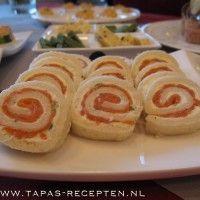Broodrolletjes met roomkaas en zalm