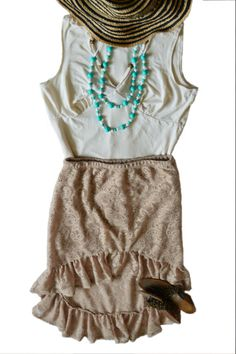 Is summer calling you? First day of summer is coming. Hat and skirt is one of favorite summer style. How about double chain necklace to complete outfit? To buy -> http://lastellamamma.com/collections/2013-fall-winter