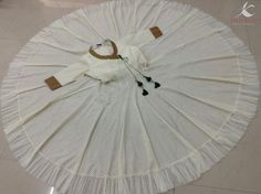 Captivating chanderi anarkali in white: beauty and elegance personified!