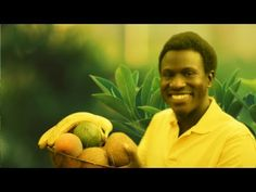 How to Start a Raw Food Diet [Video] - http://urbangyal.com/how-to-start-a-raw-food-diet-video/