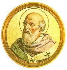 89.- San Gregorio II (715-731)  Nació en Roma. Elegido el 19.V.715, murió el 11.II.731. En contestación al Edicto de Constantinopla que prohibía el culto de las imágenes ordenando la destrucción, las provincias de Italia se sublevaron contra el ejército de León III. En marcha hacia Roma: la secta de los iconóclasti fue expulsada.