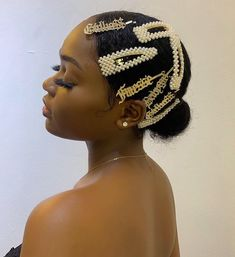 Hair Clips - Good Hair Care Made Easy Through These Simple Tips Clip Hairstyles, Black Girls Hairstyles, Stylish Hairstyles, Braided Ponytail Hairstyles, Creative Hairstyles, Style Afro, Curly Hair Styles, Natural Hair Styles, Natural Hair Accessories